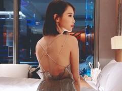 解放美腿!咪妃超短旗袍开高衩 自爆「内内秘密」网:笑了!